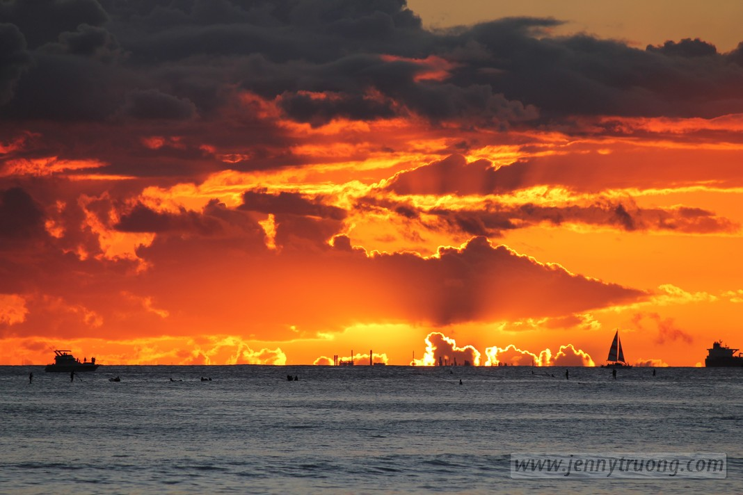 oahu48 Photo of the Day: Sunset in Waikiki