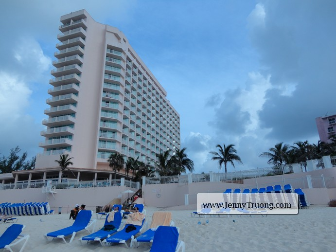 View of Riu from Cabbage Beach